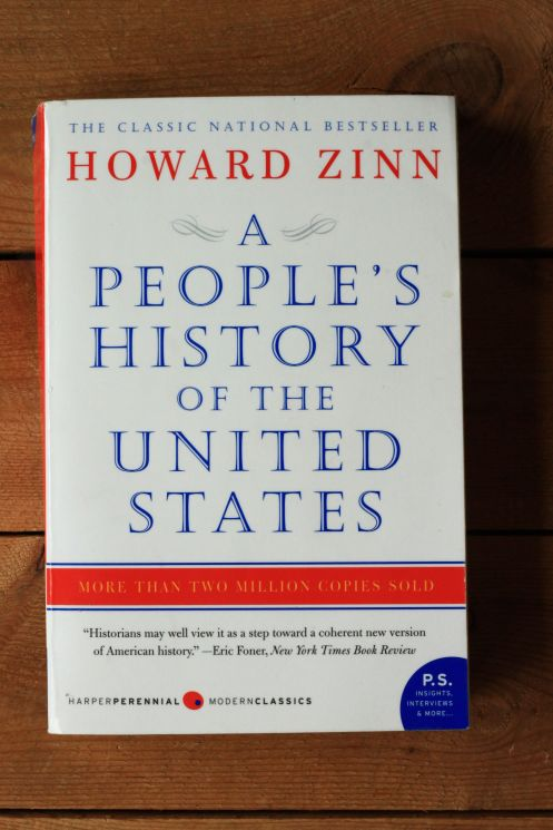 a peoples history of the united states by howard zinn A people's history of the united states by howard zinn with a new introduction by anthony arnove, this edition of the classic national best-seller chronicles american history from the bottom up, throwing out the official narrative taught in schools—with its emphasis on great men in high places—to focus on the street, the home, and the .